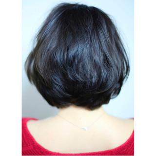 ショート 黒髪 ナチュラル ゆるふわ ヘアスタイルや髪型の写真・画像