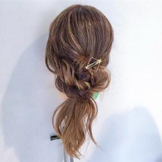 ルーズ ヘアアレンジ フェミニン デート ヘアスタイルや髪型の写真・画像