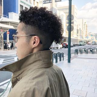 メンズヘア ナチュラル メンズカラー メンズパーマ ヘアスタイルや髪型の写真・画像