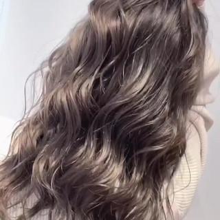 バレイヤージュ 外国人風 ナチュラル グラデーションカラー ヘアスタイルや髪型の写真・画像
