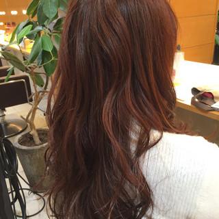 暗髪 マルサラ ロング ゆるふわ ヘアスタイルや髪型の写真・画像