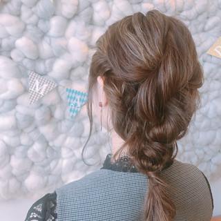 アンニュイほつれヘア ミルクティーグレージュ ミディアム ガーリー ヘアスタイルや髪型の写真・画像