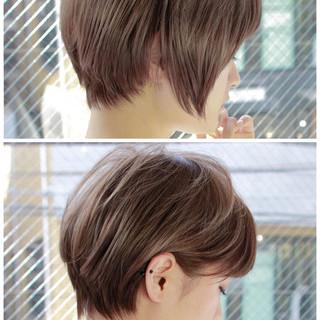 小顔 ハイライト ショート ミルクティー ヘアスタイルや髪型の写真・画像