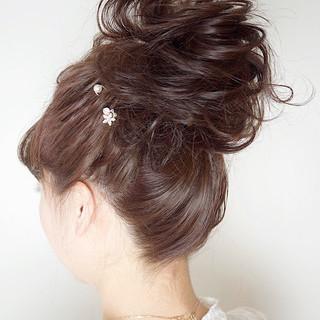 結婚式 ミディアム バレンタイン ヘアアレンジ ヘアスタイルや髪型の写真・画像
