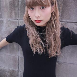 ストリート こなれ感 大人女子 ヌーディベージュ ヘアスタイルや髪型の写真・画像