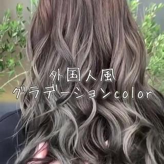 グレージュ 透明感 エレガント 上品 ヘアスタイルや髪型の写真・画像