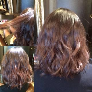 外国人風 グラデーションカラー ウェーブ ストリート ヘアスタイルや髪型の写真・画像