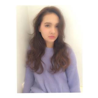 ストレート ロング モテ髪 外国人風 ヘアスタイルや髪型の写真・画像