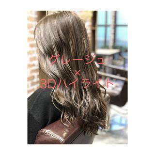イルミナカラー グレージュ ロング 3Dカラー ヘアスタイルや髪型の写真・画像