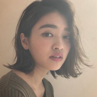簡単ヘアアレンジ ヘアアレンジ エフォートレス フェミニン ヘアスタイルや髪型の写真・画像