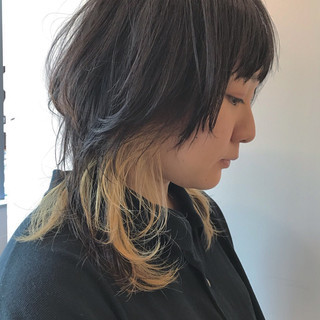ウルフカット ミディアム ダブルカラー ブリーチ ヘアスタイルや髪型の写真・画像