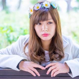 フェミニン セミロング モテ髪 コンサバ ヘアスタイルや髪型の写真・画像