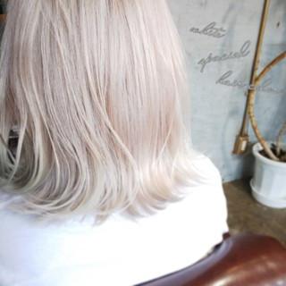 モード ホワイトアッシュ 個性的 ボブ ヘアスタイルや髪型の写真・画像