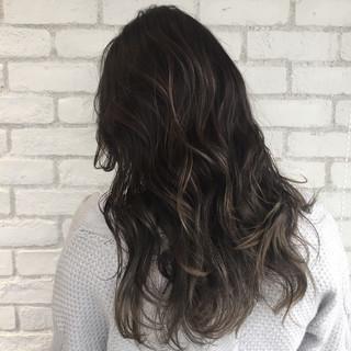 ストリート アッシュ 外国人風 ロング ヘアスタイルや髪型の写真・画像