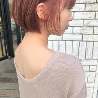 ショートヘア ガーリー ミニボブ ピンク ヘアスタイルや髪型の写真・画像