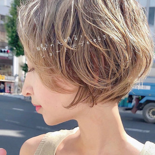 ショート ウルフカット ベリーショート ナチュラル ヘアスタイルや髪型の写真・画像