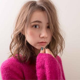 冬 ミディアム スポーツ ナチュラル ヘアスタイルや髪型の写真・画像