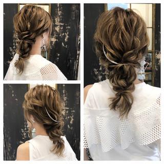 セミロング 成人式 結婚式 ナチュラル ヘアスタイルや髪型の写真・画像
