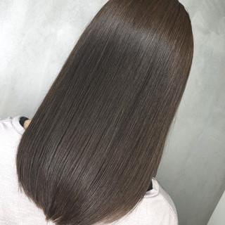 デート 簡単ヘアアレンジ セミロング オフィス ヘアスタイルや髪型の写真・画像