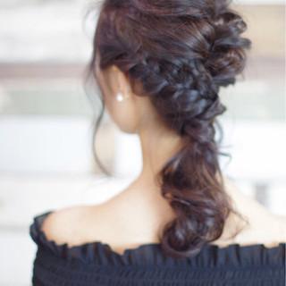 バレンタイン ヘアアレンジ 謝恩会 ナチュラル ヘアスタイルや髪型の写真・画像