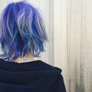 ミディアム 無造作 透明感 ハイトーン ヘアスタイルや髪型の写真・画像