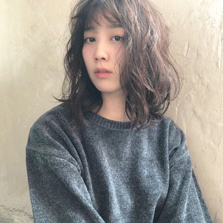 デート パーマ 外国人風 ガーリー ヘアスタイルや髪型の写真・画像