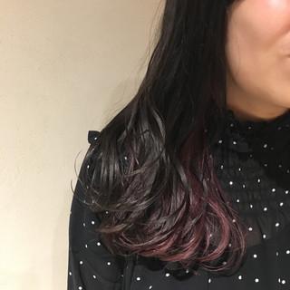 ミディアム インナーカラー デート 黒髪 ヘアスタイルや髪型の写真・画像