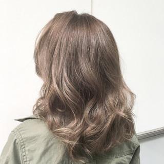 ナチュラル ハイライト ミランダカー 透明感 ヘアスタイルや髪型の写真・画像