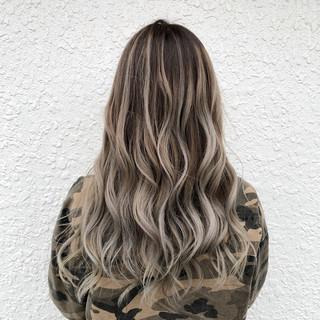 ブリーチ 外国人風カラー グラデーションカラー ロング ヘアスタイルや髪型の写真・画像