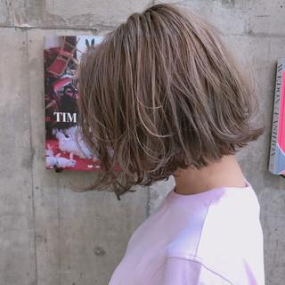 ボブ ブルージュ 透明感 ブリーチ ヘアスタイルや髪型の写真・画像