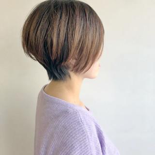 ショート ナチュラル 小顔ショート アッシュ ヘアスタイルや髪型の写真・画像 ヘアスタイルや髪型の写真・画像