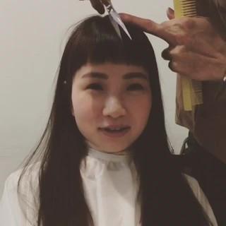 セミロング モード フリンジバング 大人かわいい ヘアスタイルや髪型の写真・画像