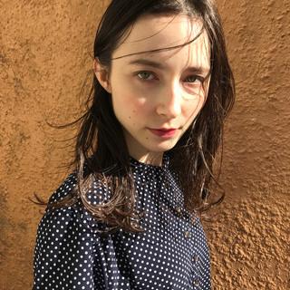 透明感 フェミニン イエロー アンニュイ ヘアスタイルや髪型の写真・画像