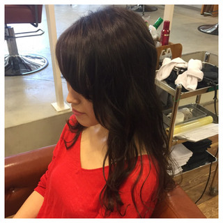 グレー 暗髪 ゆるふわ ナチュラル ヘアスタイルや髪型の写真・画像