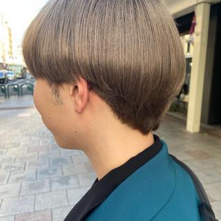マッシュ メンズマッシュ アッシュグレージュ ブリーチ ヘアスタイルや髪型の写真・画像