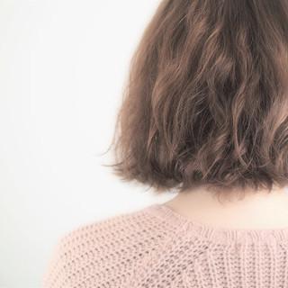 アッシュ ナチュラル ボブ アッシュベージュ ヘアスタイルや髪型の写真・画像