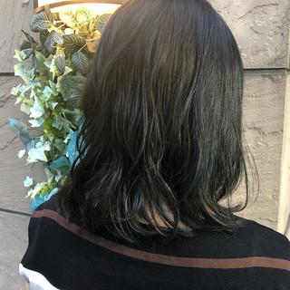 オフィス ヘアアレンジ グレージュ ミディアム ヘアスタイルや髪型の写真・画像