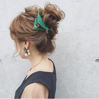 大人かわいい セミロング 結婚式 ガーリー ヘアスタイルや髪型の写真・画像