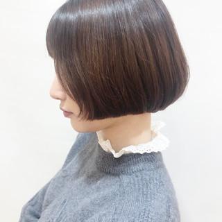 小顔 ショート フェミニン ボブ ヘアスタイルや髪型の写真・画像