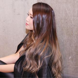 グラデーションカラー ストリート ロング 外国人風 ヘアスタイルや髪型の写真・画像