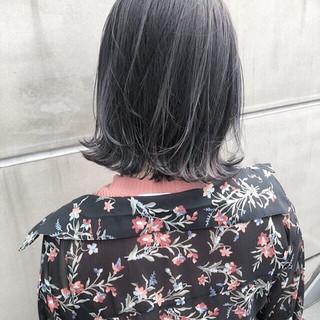 簡単ヘアアレンジ ヘアアレンジ グレージュ ハイライト ヘアスタイルや髪型の写真・画像
