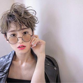 ショート セクシー ピュア モード ヘアスタイルや髪型の写真・画像