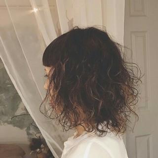ミディアム 透明感 冬 秋 ヘアスタイルや髪型の写真・画像