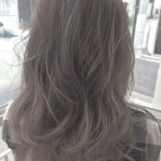 ミディアム ストリート ハイライト レイヤーカット ヘアスタイルや髪型の写真・画像