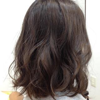 外国人風カラー ラベンダーアッシュ アッシュ グレーアッシュ ヘアスタイルや髪型の写真・画像