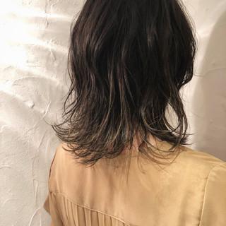 エレガント オフィス 外国人風 ミディアム ヘアスタイルや髪型の写真・画像