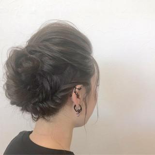 ミディアム 結婚式 成人式 モード ヘアスタイルや髪型の写真・画像