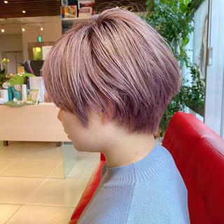 ダブルカラー ストリート ラベンダー ショート ヘアスタイルや髪型の写真・画像