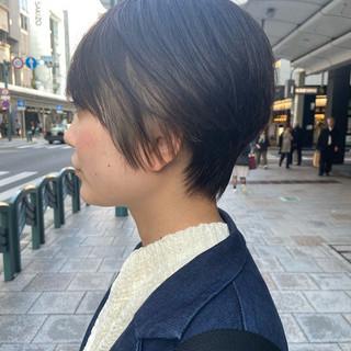 ショートボブ 大人ショート 大人グラボブ インナーカラー ヘアスタイルや髪型の写真・画像