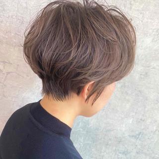 大人ハイライト ミニボブ ハイライト ショート ヘアスタイルや髪型の写真・画像